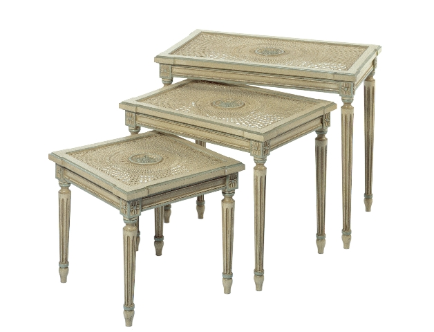 Tables Gigognes Soleil1