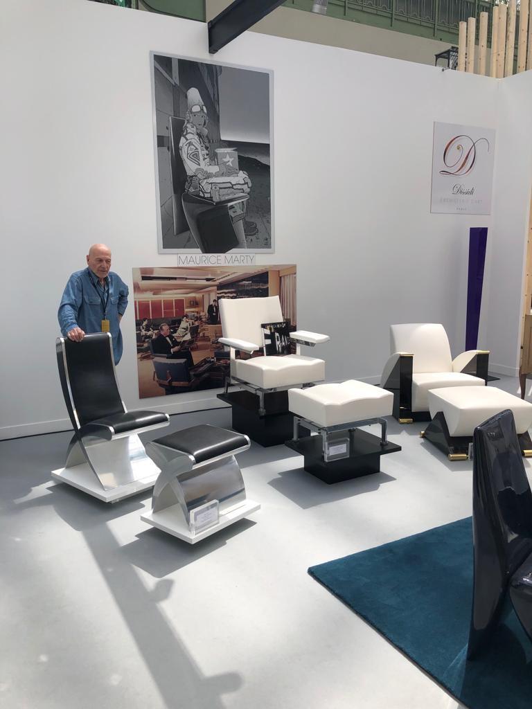 Scénographie salon révélations chaises et fauteuils designer MARTY