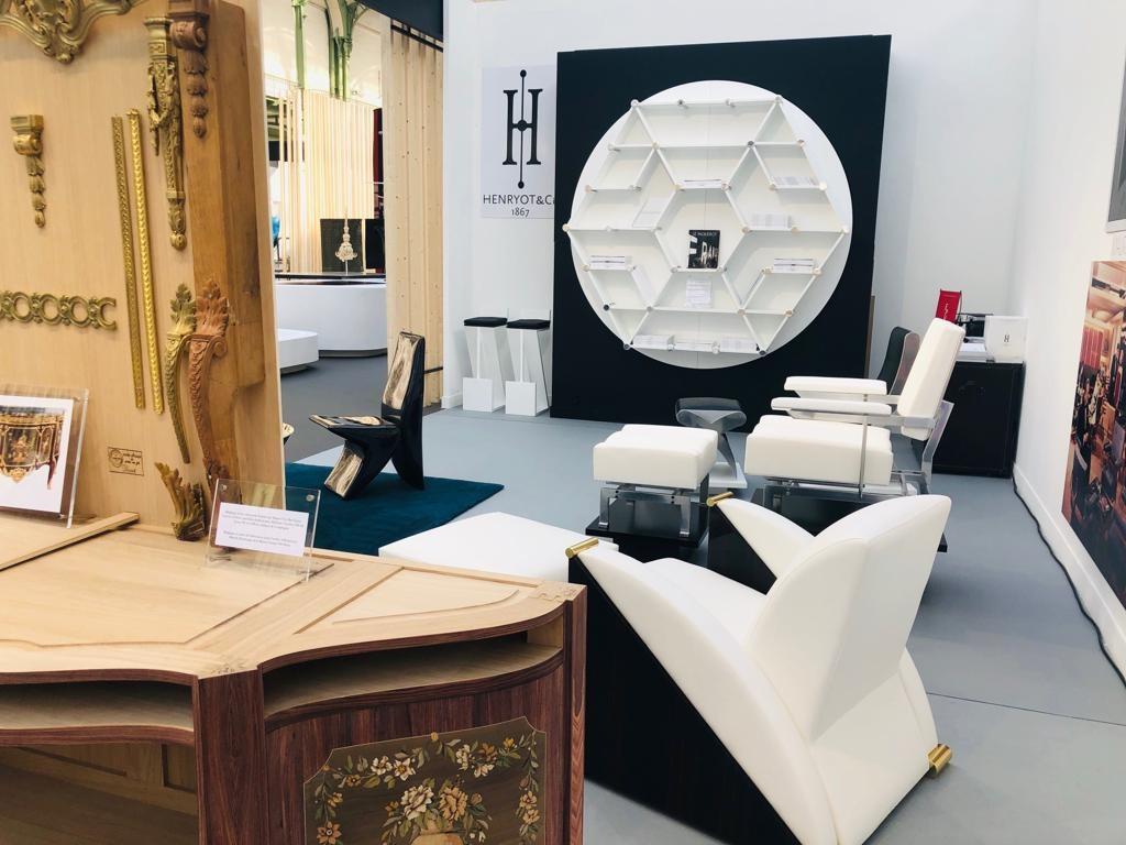 Stand design marty révélations 2019 fauteuils rétro