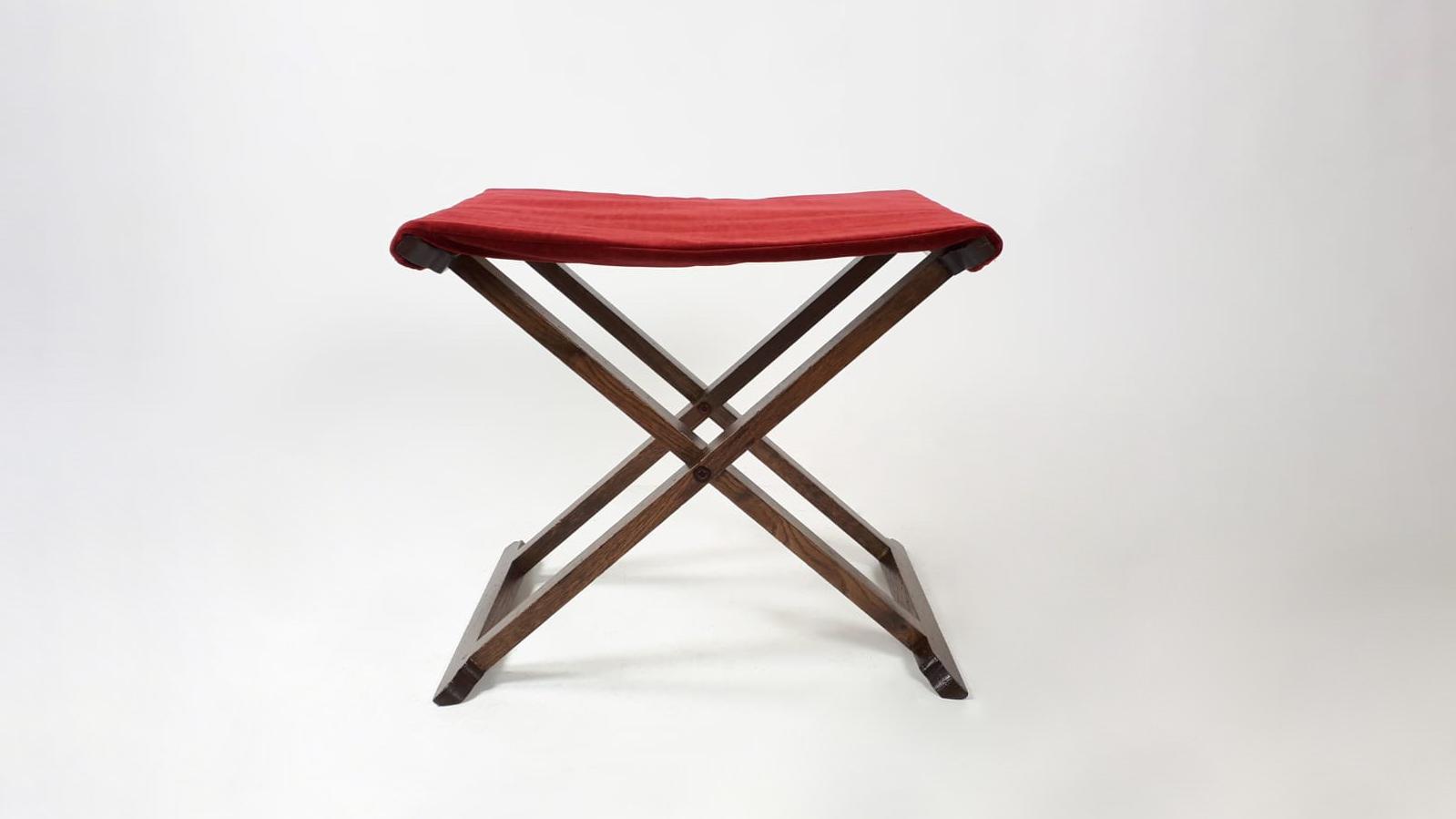 Mécénat de compétences sièges et fauteuils chateau de chambord Henryot & cie ployant face